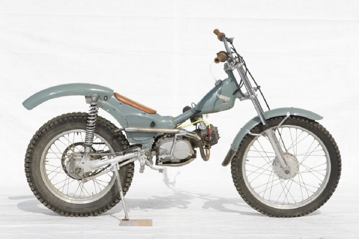 バイク3-1200