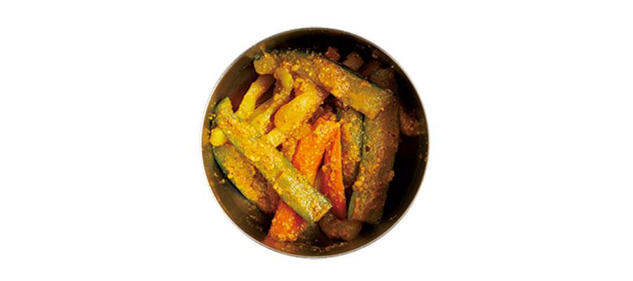 三色野菜とすりごまのアチャール