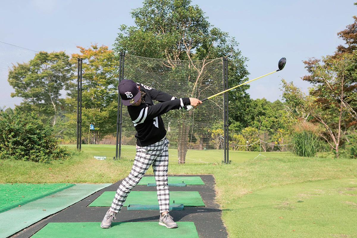 方 ゴルフ ドライバー 打ち