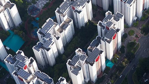 Renewable-Energy-Apple_Singapore_04091807