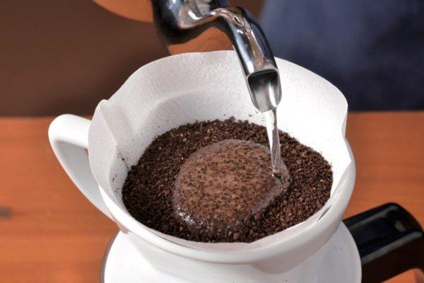 プロに習う美味しいアイスコーヒーの作り方。水っぽいアイスコーヒーを卒業する!