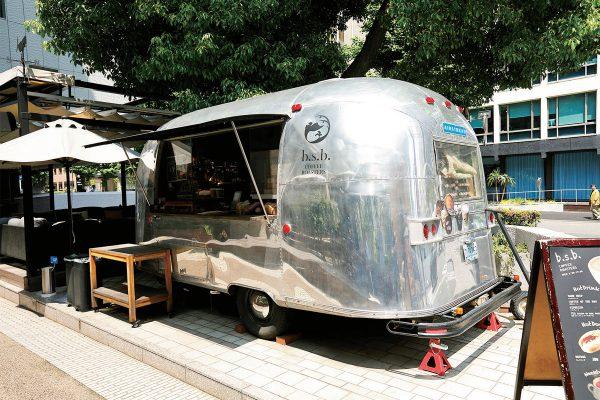 おしゃれスポットの代名詞「トラベル・トレーラー」のあるカフェが熱い!