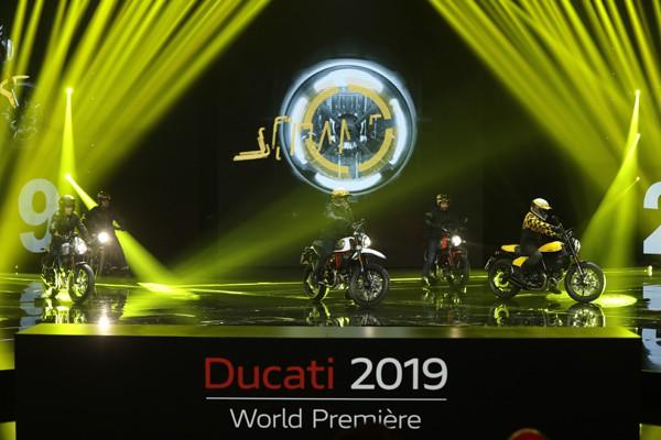 ただのバイクメーカーじゃない。DUCATIはエンターテイメント会社だ!