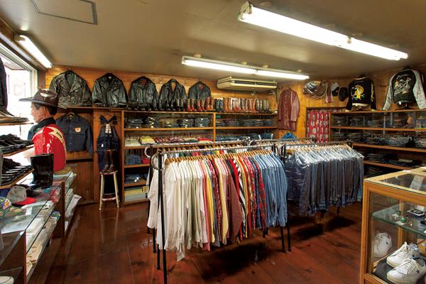 デッドストックを中心とした、原宿の日本屈指の老舗ヴィンテージ店「バナナボート」。