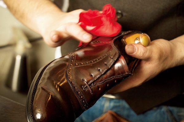 プロに教わる革靴の手入れ&靴磨き(ドレスシューズ編)