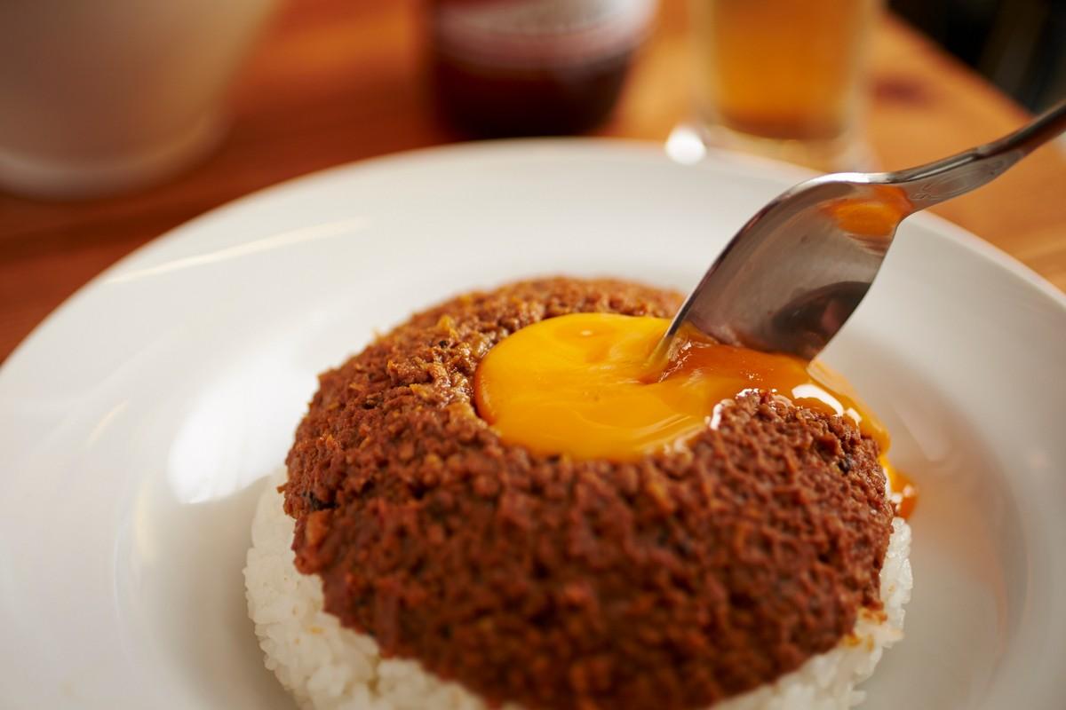 「ドライカレー 東京 卵」の画像検索結果