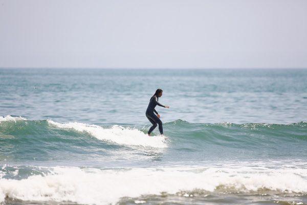 サーフィン講座|悩める女子サーファーいらっしゃい!Vol.4ウォーキングスタンス