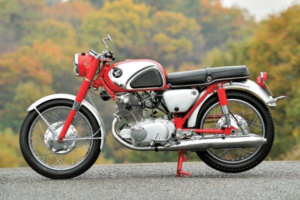 HONDA CBシリーズの60年『1960 CB72』