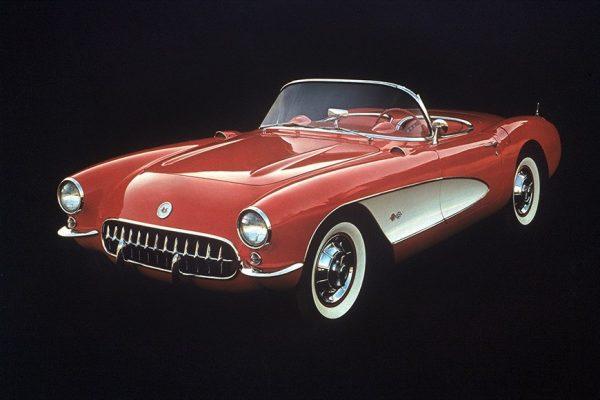 【名車の系譜】アメリカ車を代表するスポーツカー【CHEVROLET CORVETTE(シボレー コルベット)】が知りたい!