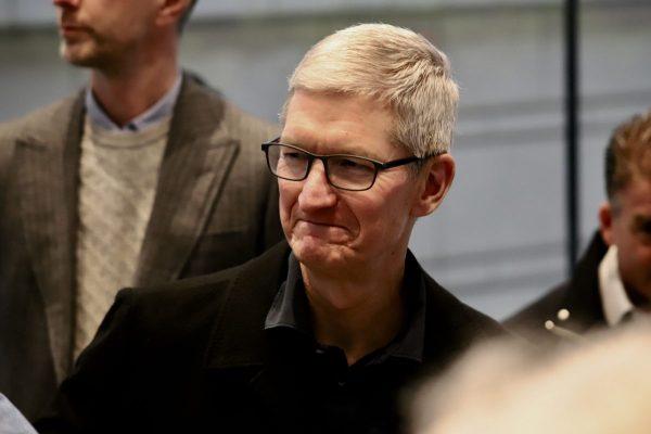 アップルのティム・クックCEOが京アニの事件に対して、哀悼の意を表明
