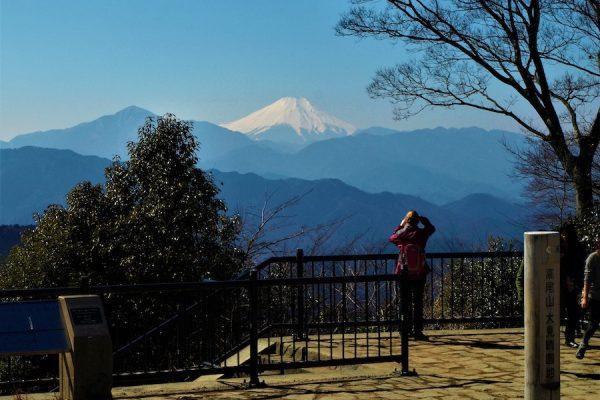 高尾山(表参道コース)登山ルート「富士山を眺めながらのんびり。まさに東京のオアシスだ」