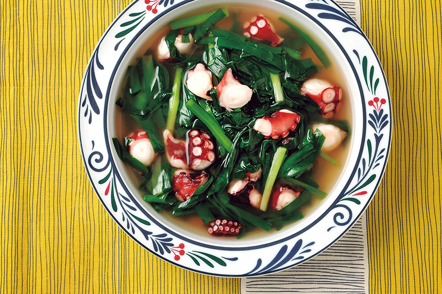 ニラと青ねぎとタコのスープ