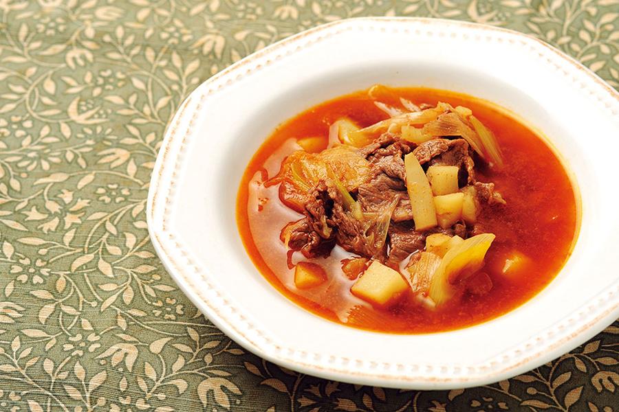 牛肉の辛くないスパイススープ