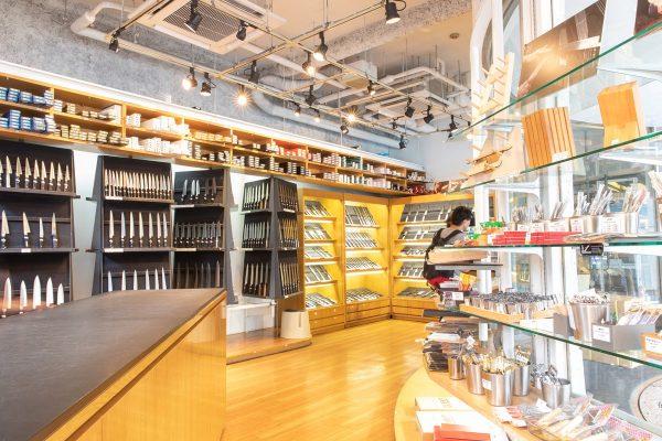 """【合羽橋】""""美味しい""""にこだわるのなら、ちょっと手間のかかる調理道具を選ぶ。【釜浅商店】"""
