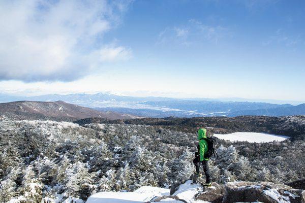 にゅう、白駒池、そして高見石へ。テント泊で行く冬の北八ヶ岳
