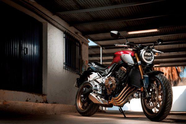 「Honda CB650R/CBR650R(ホンダ・CB650R/CBR650R)」~新時代のミドルクラスは排気量のヒエラルキーを覆す~【R/C インプレッション archives】