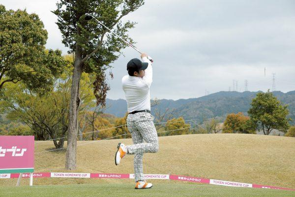 崔虎星のゴルフスイングに学ぶ飛距離を伸ばすドライバーショット