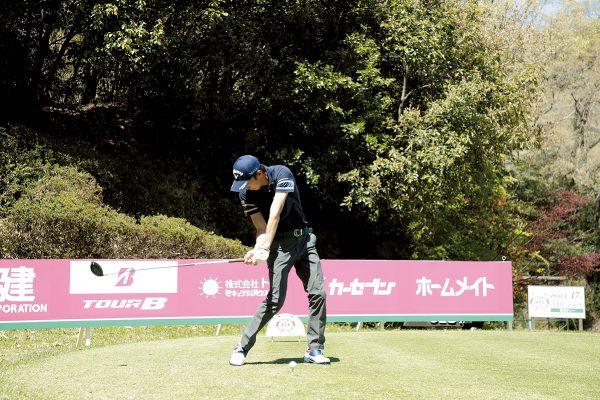 重永亜斗夢のゴルフスイングに学ぶ飛距離を伸ばすドライバーショット