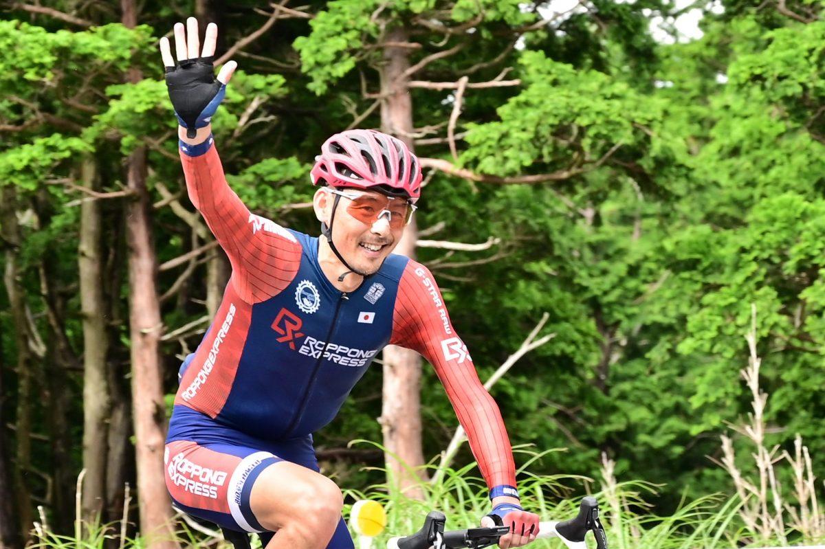 最強の自転車市民レーサー高岡亮寛がエベレストと同じ獲得標高8848mを ...