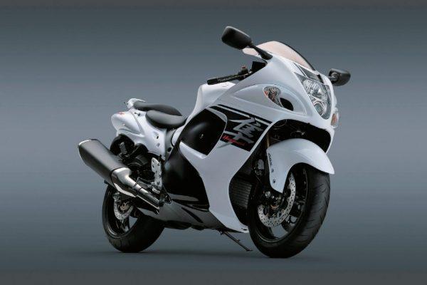「SUZUKI(スズキ)」の歴代バイクと代表作「ハヤブサ」とは?