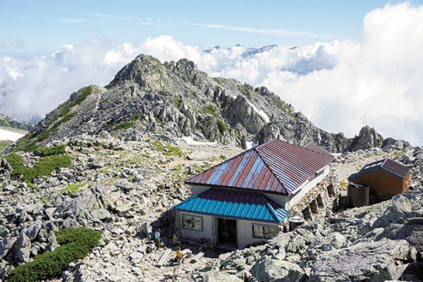 立山連峰「王道」から「穴場」への旅|岩稜と雪渓、渓谷を抜けてダムを行く! ルートガイド