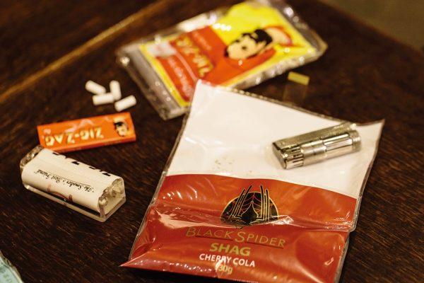 【保存版】手巻きタバコ用ロー ラーを使ったシャグの巻き方【初心者】