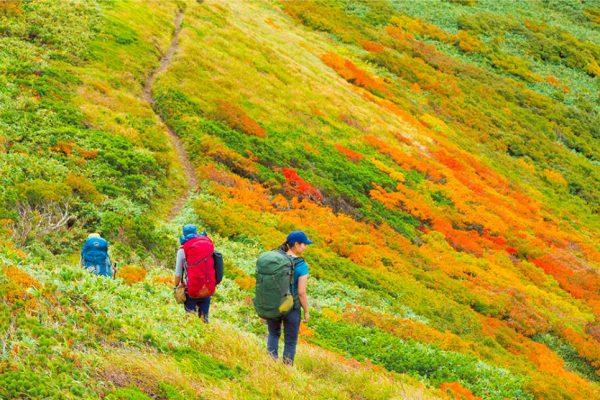 紅葉の飯豊連峰 2泊3日の女子山旅 ルートガイド