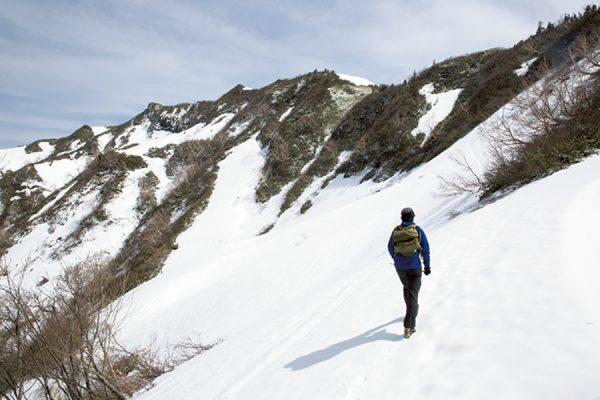 日本200名山の最難関・笈ヶ岳へ ルートガイド