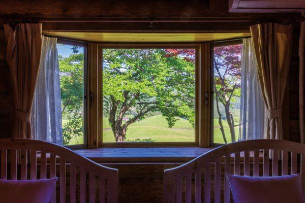 新・西山荘カントリー倶楽部(茨城県)「コースサイドのログハウスで反省会を兼ねたバーベキュー」
