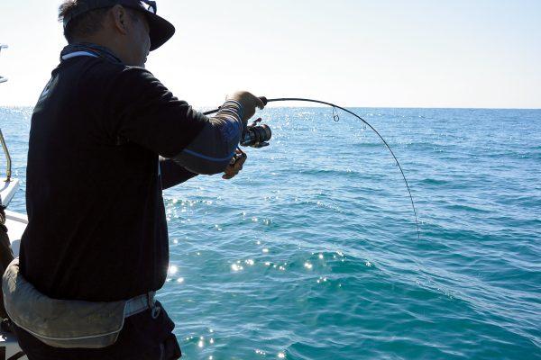 タックルの使い分けがカギとなる! 石川県・能登半島の浅場、深場で多彩な魚種を攻略!【前編】
