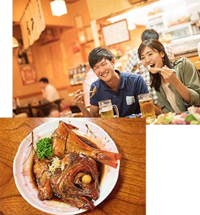 銚子市内の居酒屋で、サンマの刺身や金目鯛を堪能。これからの季節はそれに加えアジ、サバ、クルマエビなど銚子漁港で水揚げされたばかりの、旬の魚介類を楽しめる。刺身には銚子の醤油をあわせて!